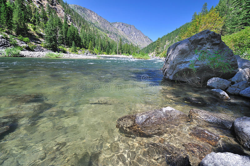 A crystal clear view of wenatchee river royalty free stock photography