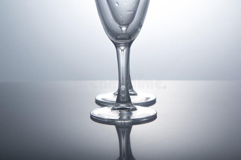 Crystal exponeringsglas på vit bakgrund royaltyfria foton