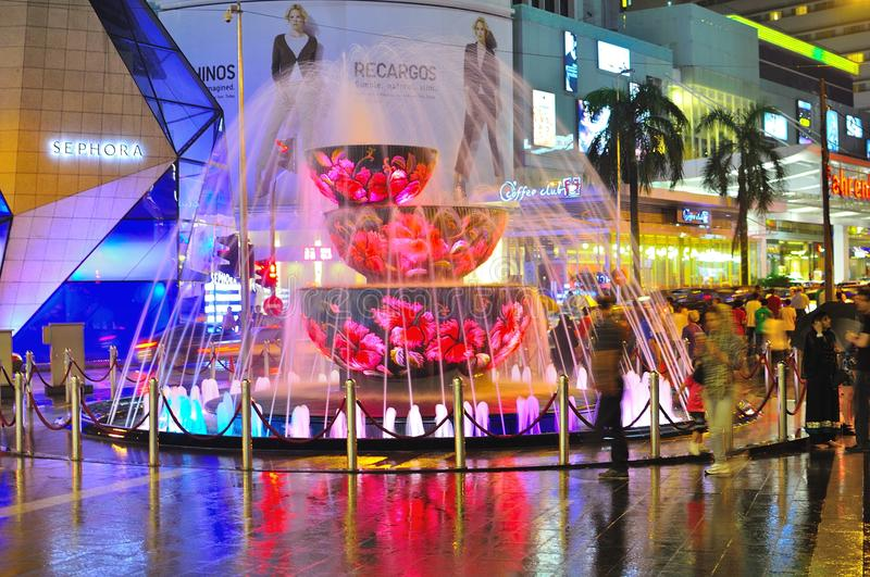 Download Crystal Fountain In The Pavilion, Malaysia Editorial Stock Image - Image: 19567444