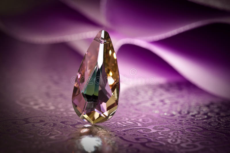 crystal hänge royaltyfria bilder