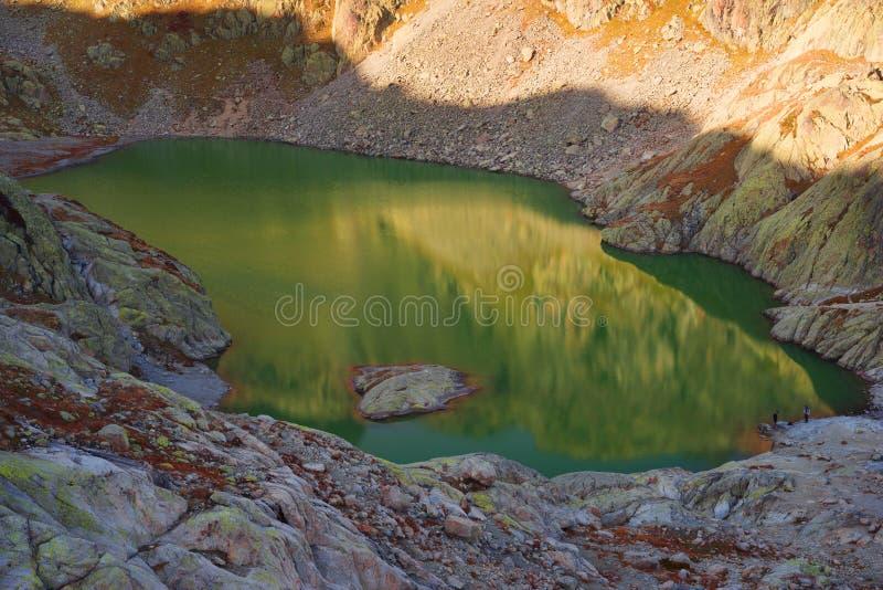 Crystal Lakes Chamonix en las montañas imagen de archivo libre de regalías