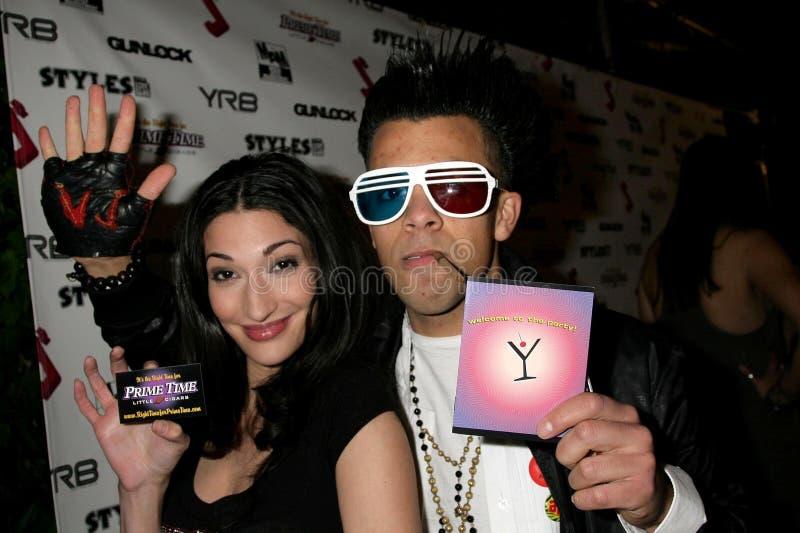 Crystal Mantecon och Michael Benz på deltagaren för premiär för debut för J.Smith-musikvideo. Les Deux, Hollywood, CA. 02-25-09 royaltyfri bild