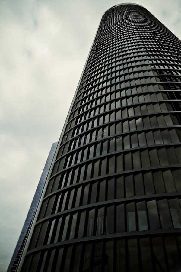 Crystal Tower, gratte-ciel de Madrid, placé dans la zone financière, f images libres de droits