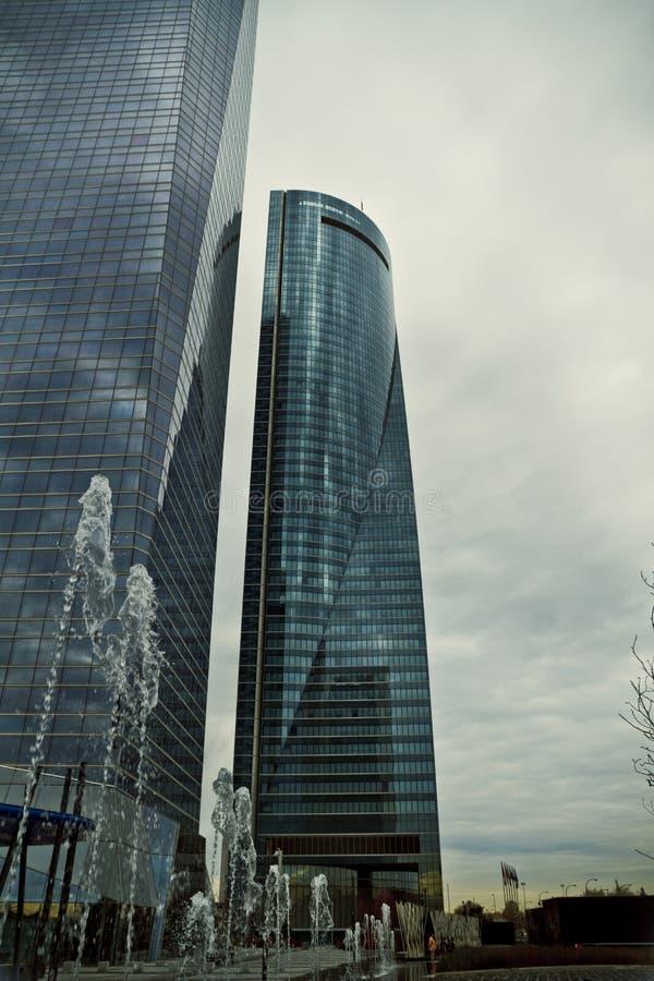 Crystal Tower, gratte-ciel de Madrid, placé dans la zone financière, f images stock