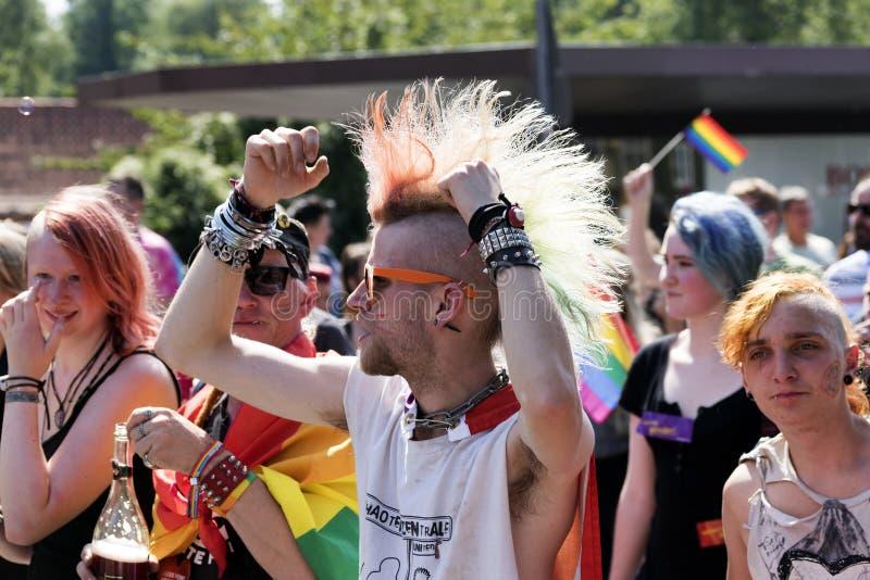 CSD在Luebeck、德国2015年,废物和rainbo的同性恋自豪日游行 免版税库存照片