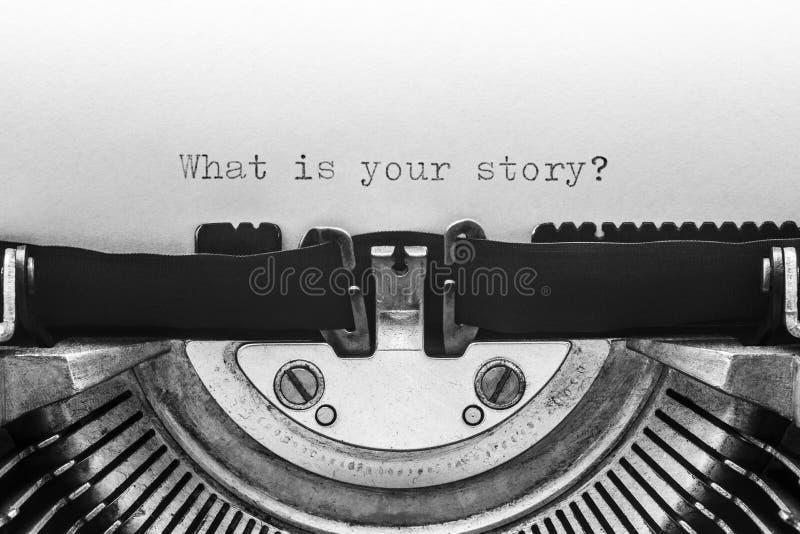 Cuál es su historia mecanografiada en una máquina de escribir del vintage imágenes de archivo libres de regalías