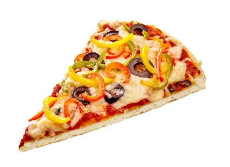 Cuña italiana de la pizza rematada con pimienta dulce imágenes de archivo libres de regalías