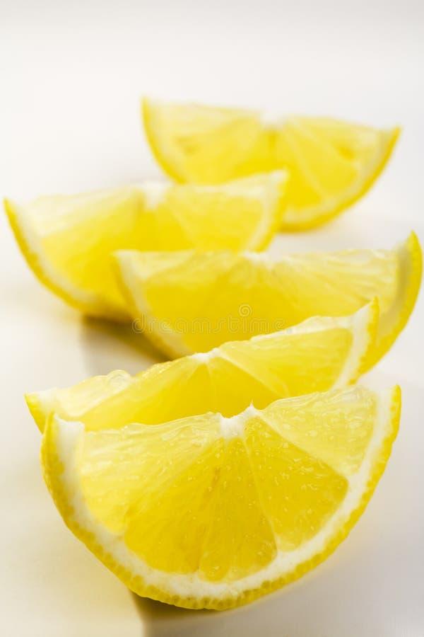 Cuñas de limón fotos de archivo