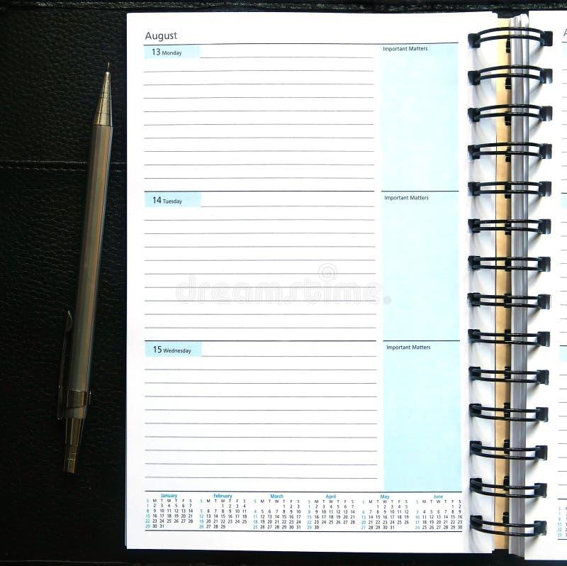 Cuaderno en blanco del diario imagen de archivo libre de regalías