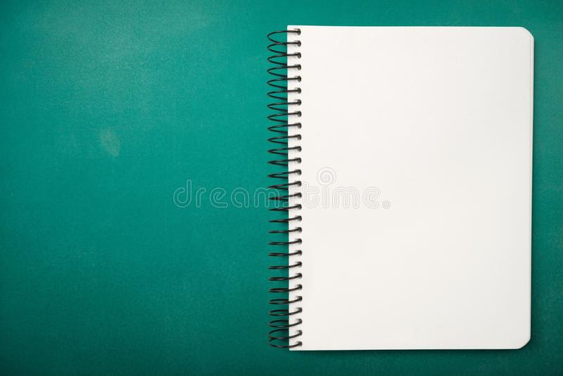 Cuaderno espiral imágenes de archivo libres de regalías