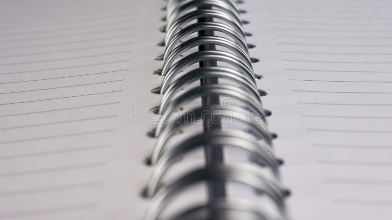 Cuaderno espiral en blanco imagen de archivo