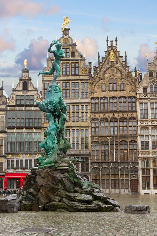 Cuadrado de Grote Markt, Antwerpen foto de archivo libre de regalías
