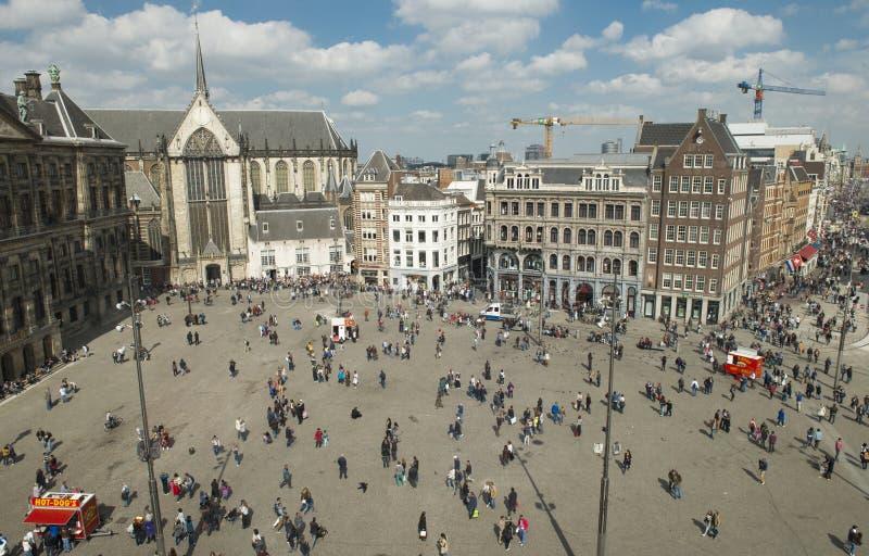 Cuadrado de la presa en Amsterdam imagen de archivo libre de regalías