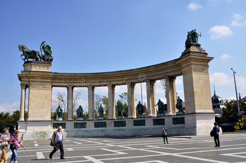 Download Cuadrado De Los Héroes En Budapest Fotografía editorial - Imagen de europa, cuadrado: 64201112