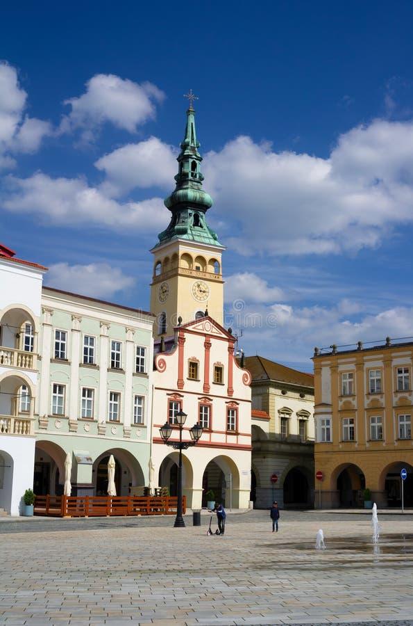 Cuadrado de Masaryk, Novy Jicin, República Checa/Czechia imagenes de archivo