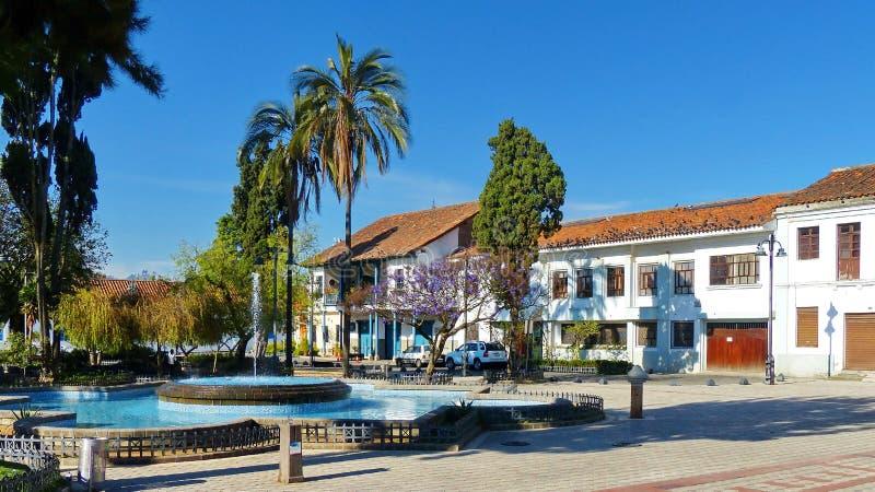 Cuadrado de San Sebastian en el centro histórico de la ciudad de Cuenca, Ecuador imagenes de archivo