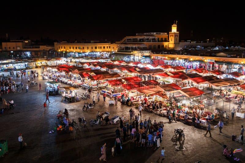 Cuadrado del EL Fnaa de Marrakesh Jemaa marruecos fotos de archivo