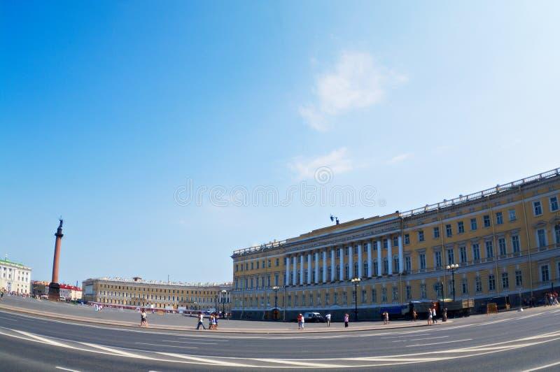 Cuadrado del palacio fotografía de archivo libre de regalías