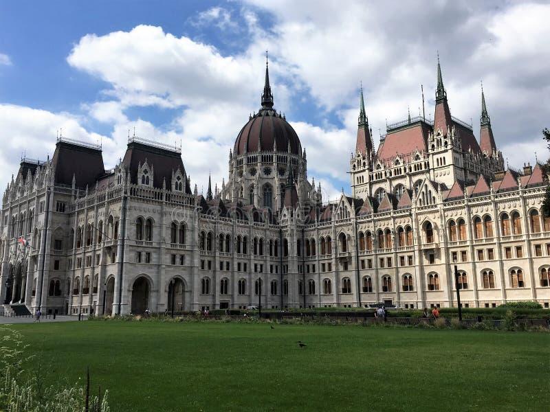Cuadrado del parlamento, Budapest fotos de archivo