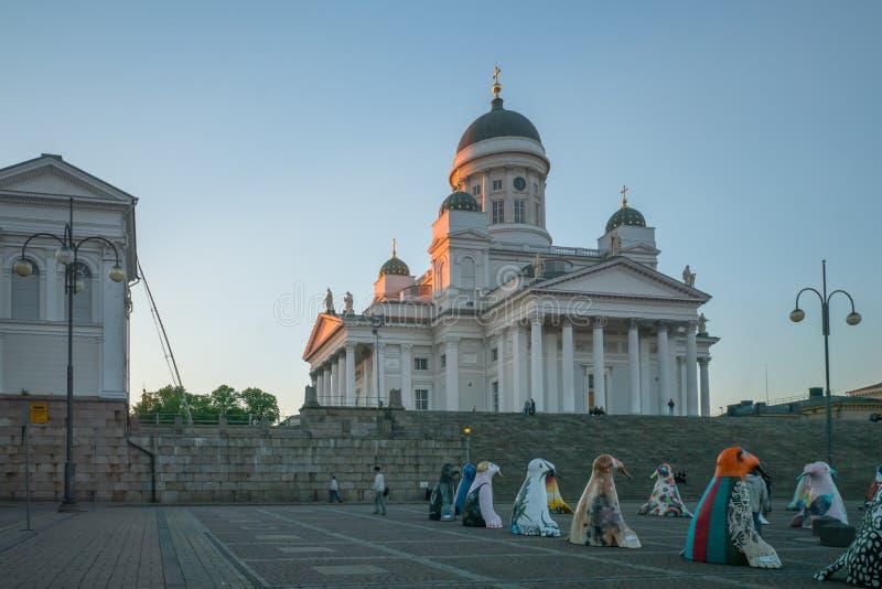 Cuadrado del senado y la catedral del Lutheran, en Helsinki imagen de archivo libre de regalías