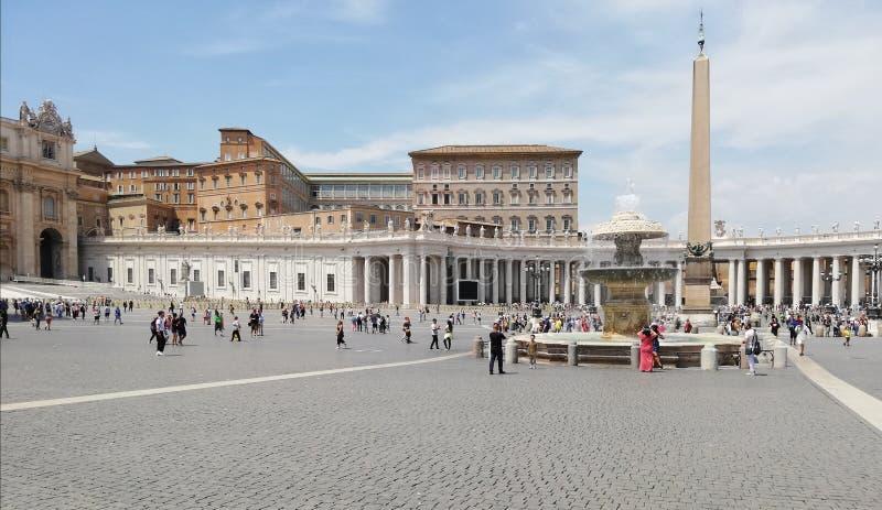 Cuadrado del Vaticano, Roma en el mes de julio fotos de archivo libres de regalías