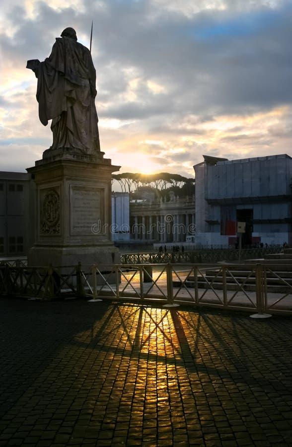 Cuadrado en el amanecer - Roma - Italia de San Pedro imágenes de archivo libres de regalías