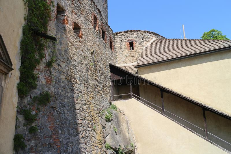Cuadrilátero en el castillo de Buchlov fotografía de archivo libre de regalías