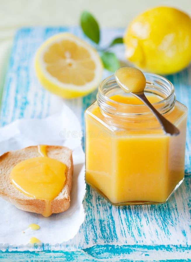 Cuajada de limón imagen de archivo libre de regalías