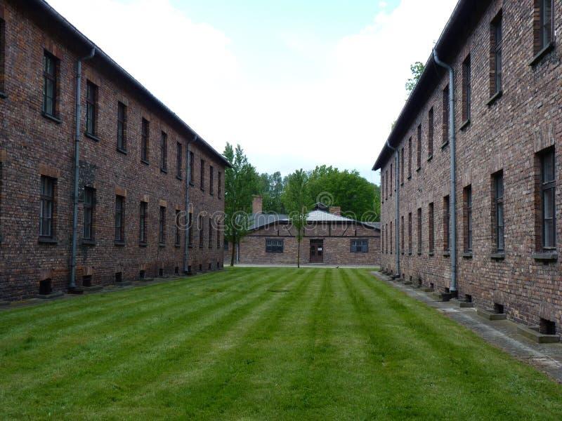 Cuarteles del ladrillo en el campo de concentración anterior foto de archivo libre de regalías
