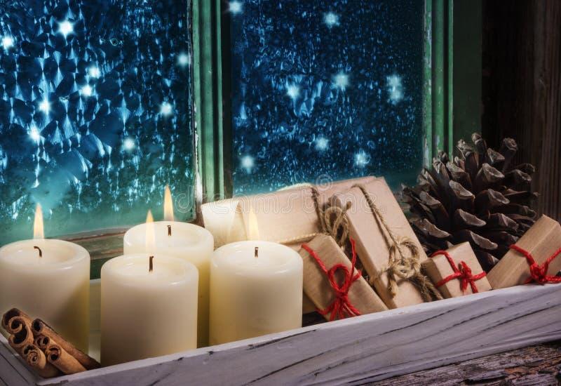 Cuarto advenimiento, decoración de la Navidad imagenes de archivo