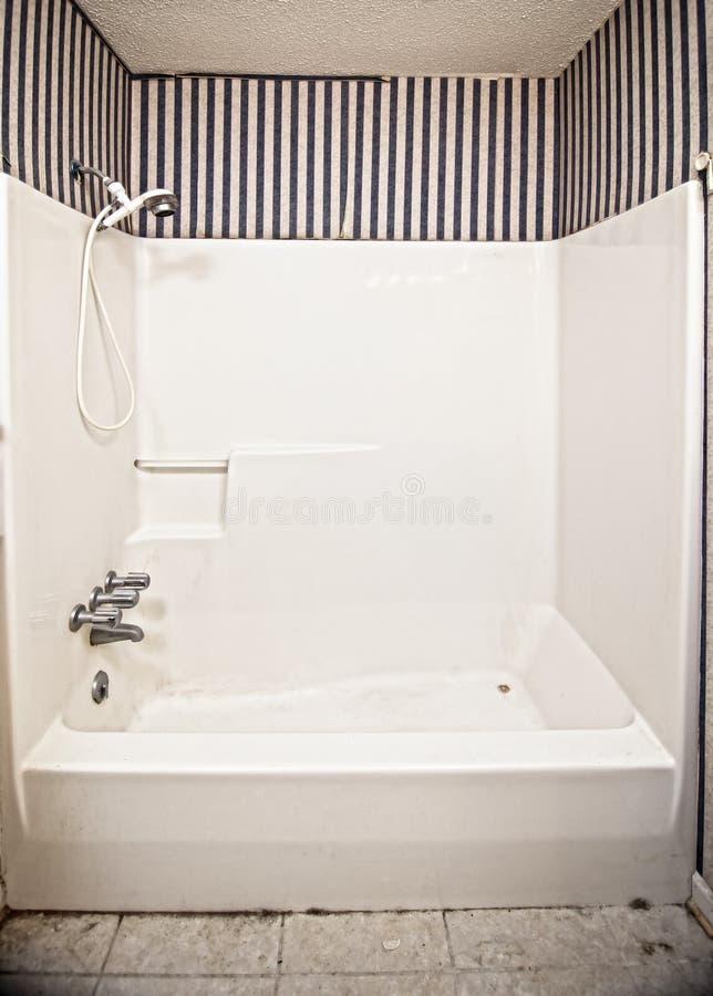 Cuarto de baño asqueroso foto de archivo