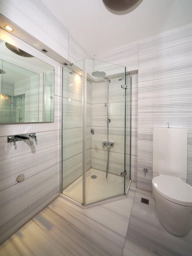 Cuarto de baño de mármol foto de archivo