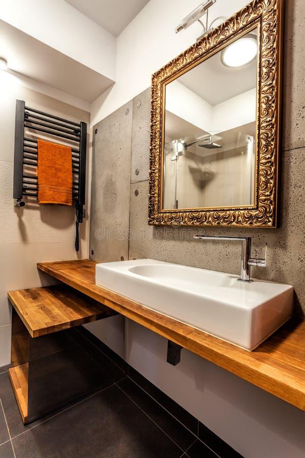 Cuarto de baño elegante foto de archivo