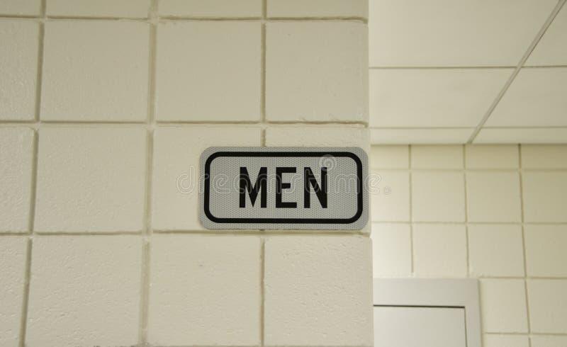 Cuarto de baño para los hombres imagenes de archivo