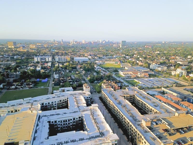 Cuarto distrito de la sala de la visión aérea al oeste de Houston céntrica, Tejas imagenes de archivo