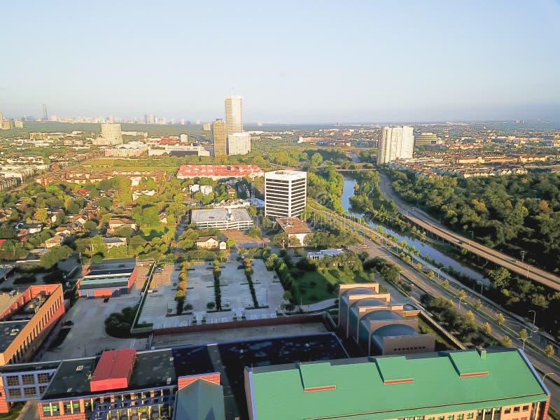 Cuarto distrito de la sala de la visión aérea al oeste de Houston céntrica, Tejas fotos de archivo