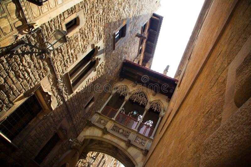 Cuarto gótico en Barcelona fotos de archivo