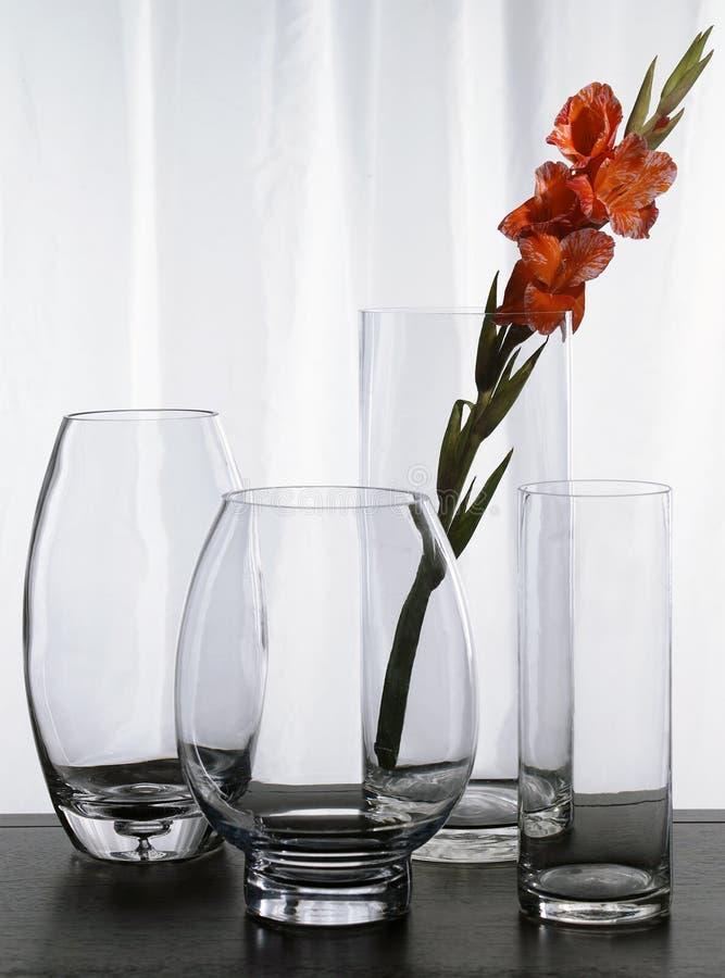 Cuatro floreros de cristal fotos de archivo libres de regalías