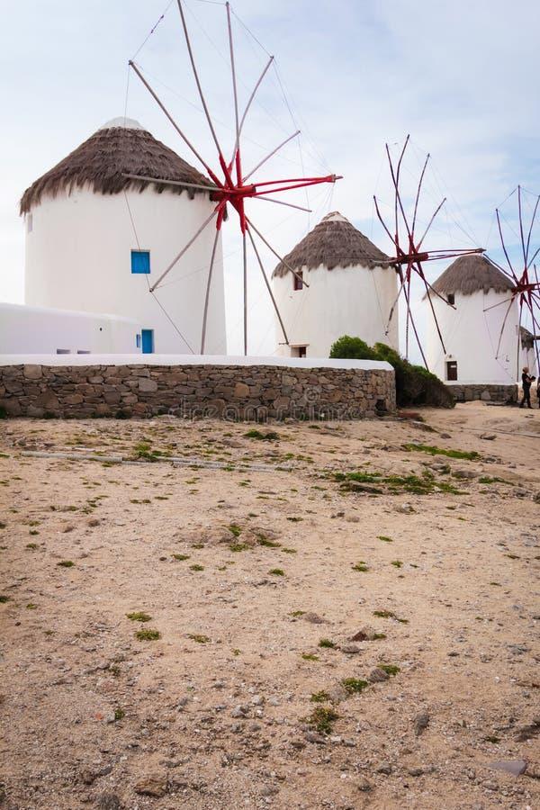 Cuatro molinoes de viento en Chora Mykonos Grecia foto de archivo libre de regalías