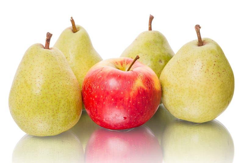 Cuatro pera y manzana fotos de archivo