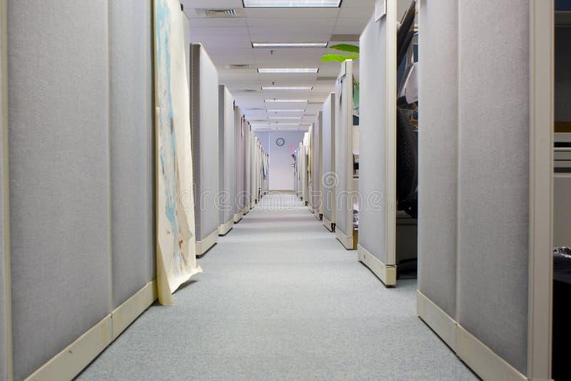 Cubículos en espacio de oficina foto de archivo