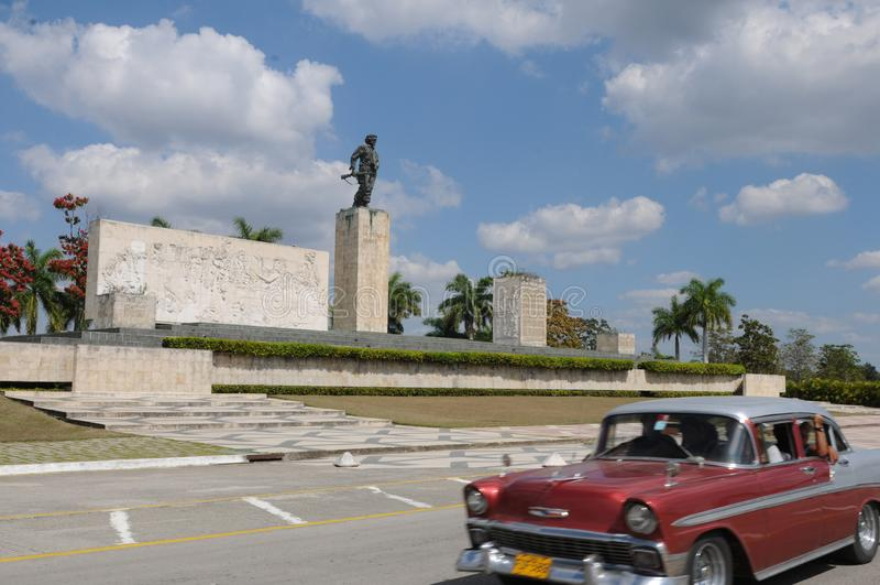 Cuba: Che-Memorial in Santa Clara   Kuba: Che-Denkmal in Santa. Cuba: The Che Guevara-Memorial in Santa Clara with an oldsmobil in front stock photos