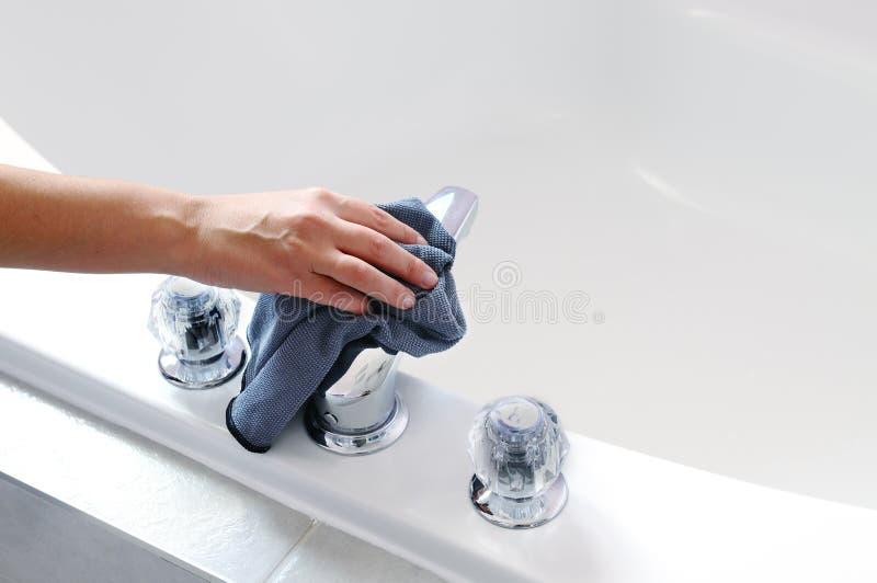 Cuba de banho da limpeza imagem de stock royalty free