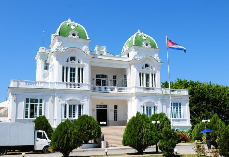 Cuba: El club náutico de la ciudad de Cienfuegos fotografía de archivo libre de regalías