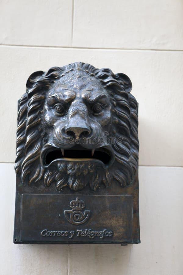 cuba havana Forntida brevlåda inskrift - post och telegraf arkivfoto