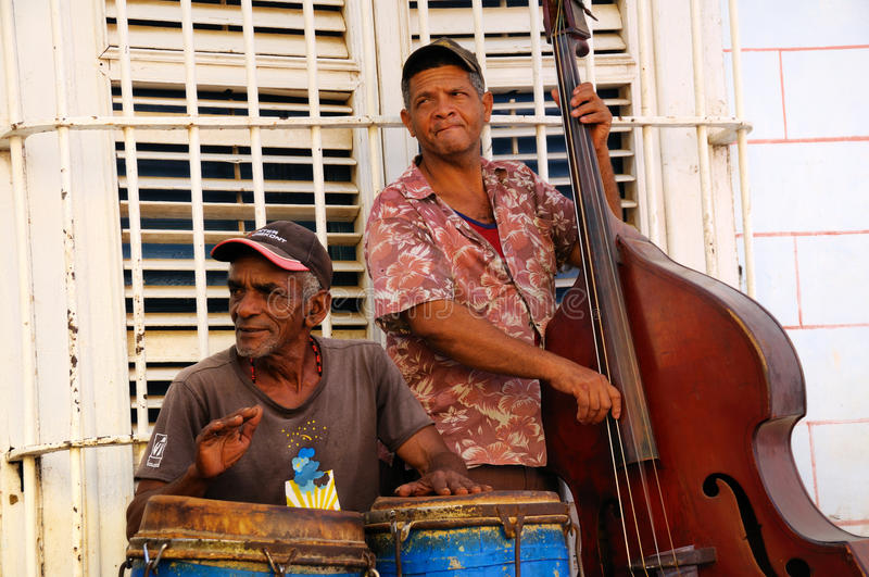 cuba musiker trinidad royaltyfria foton