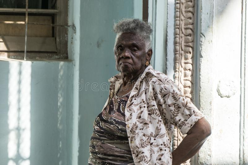 Cubaans vrouwenportret, La Havana, Cuba royalty-vrije stock afbeeldingen