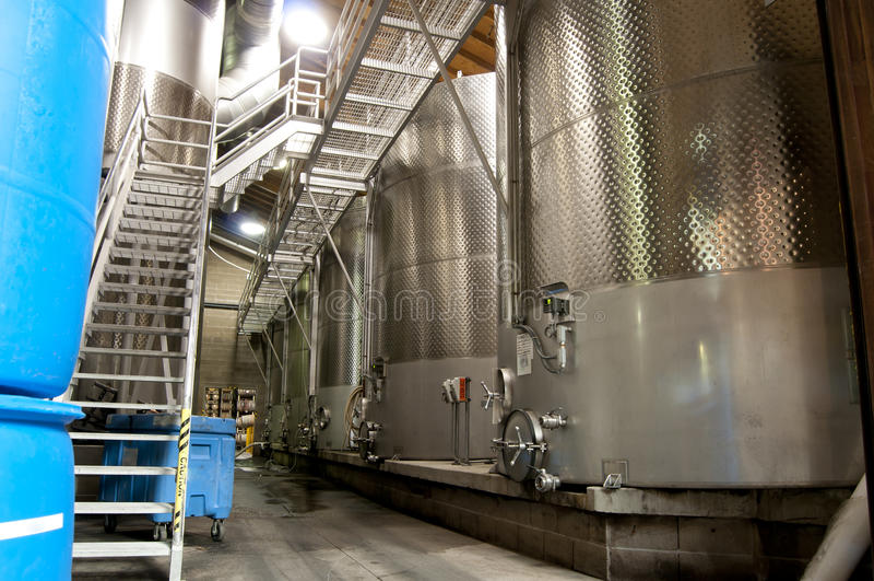 Cubas do vinho imagens de stock