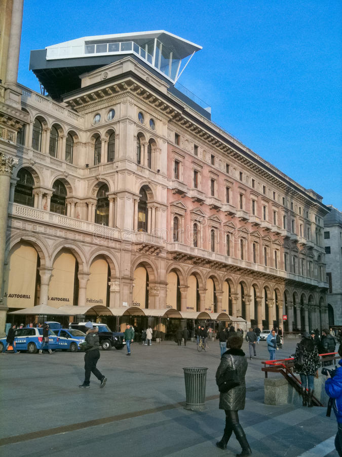 Download The Cube editorial stock photo. Image of milano, restaurant - 24108878