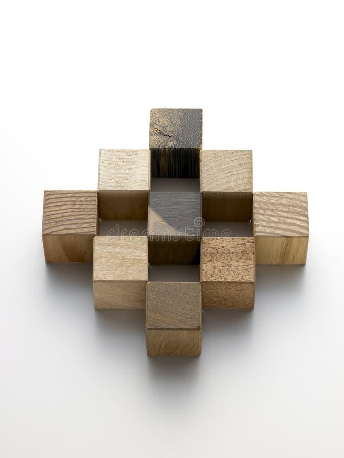 Cubes en bois - cubi di legno photographie stock libre de droits